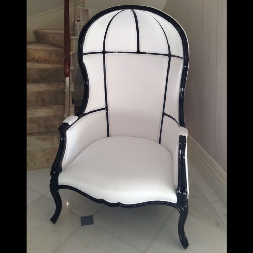 Namib hall chair<br>Brabbu<br>&#8211;<br>1 item<br>W82 x H160 x D90cm<br>&#8211;<br>£3,200